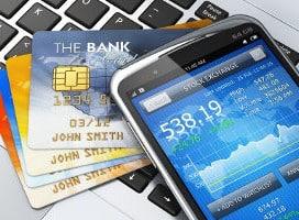 karty kredytowe i telefon komórkowy