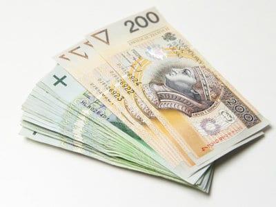 Pożyczka przez Internet – szybki sposób na dodatkową gotówkę